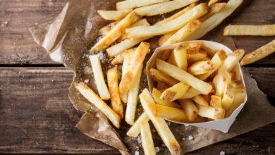 Photo of Pommes aufwärmen: So schmecken sie wieder knackfrisch